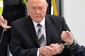 hallcuffs